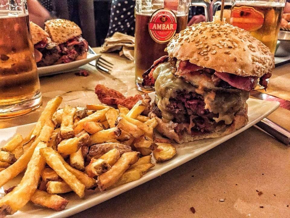 Hamburgueserías en Zaragoza: The Bronson Bar
