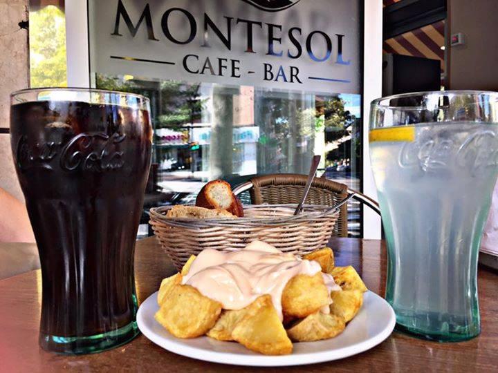 Patatas bravas, Bar Montesol.