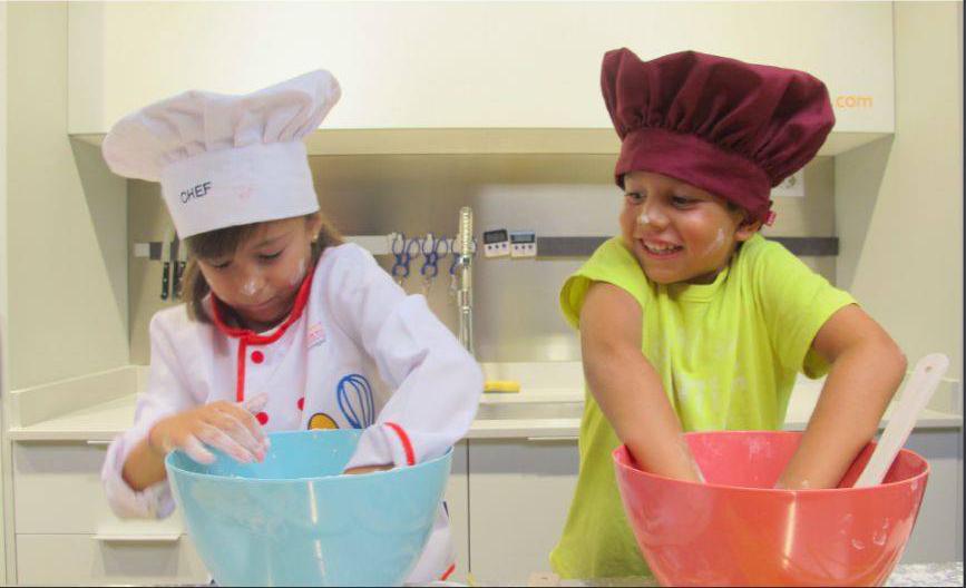 Campus de cocina en verano para niños y adolescentes en La Zarola