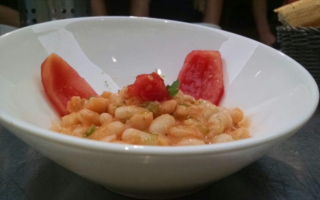 Receta de ensalada de alubias blancas con almejas
