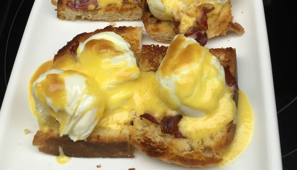 Curso-echarle-huevos-de-La-Zarola_Tortitas-con-huevo-benedictine-1024x586