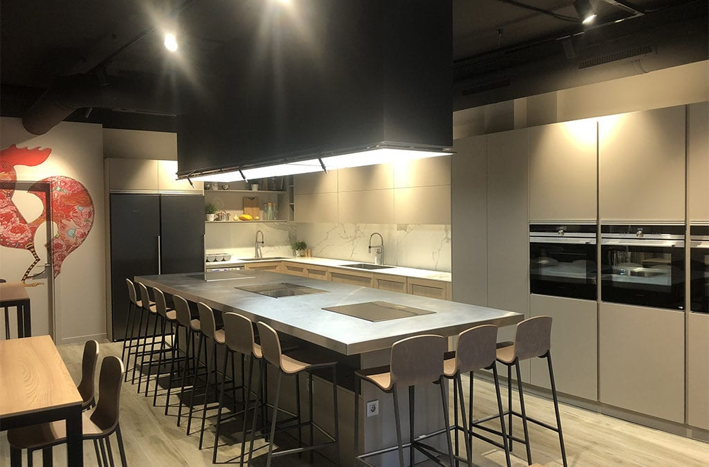 ¿Conoces el nuevo local de La Zarola?  ¡Ahora disponemos de dos espacios!